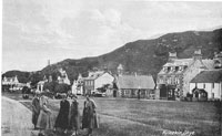 Circa 1920s - The Corran with visitors